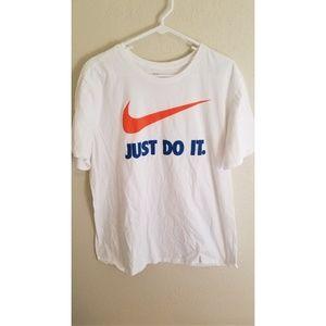 Nike xl tshirt